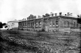 Здание земской больницы, вид 2