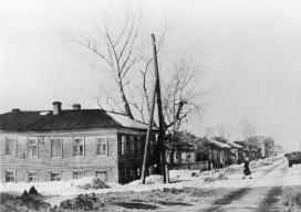 Перекресток улиц Ленина и Орджоникидзе