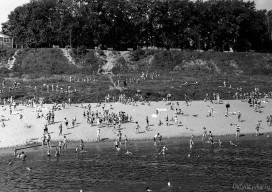 Пляж у парка Кирова, вид с парохода